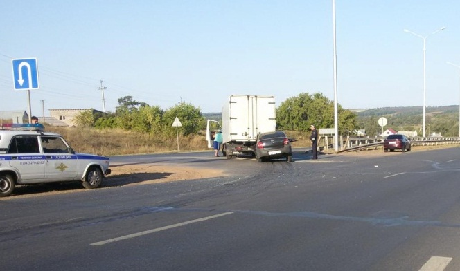 Смертельное ДТП вБашкирии: Лада Granta врезалась в фургон Iveco