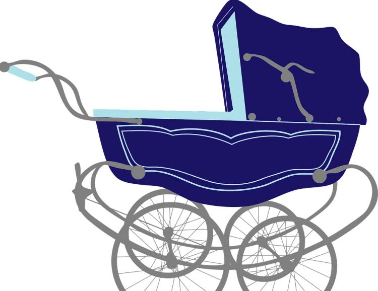 Уфимке вместо коляски продали коробку спеском
