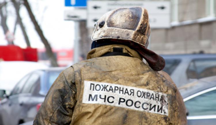 Интенсивный пожар вУфе, эвакуировано 25 человек