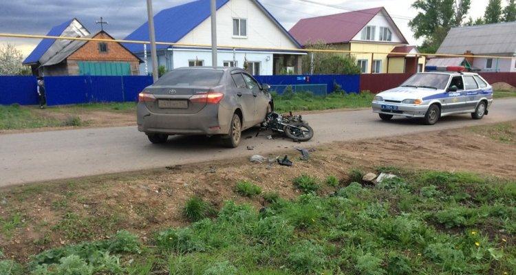 ВУфе девушка зарулем иномарки сбила мопед: пострадал 12-летний ребенок