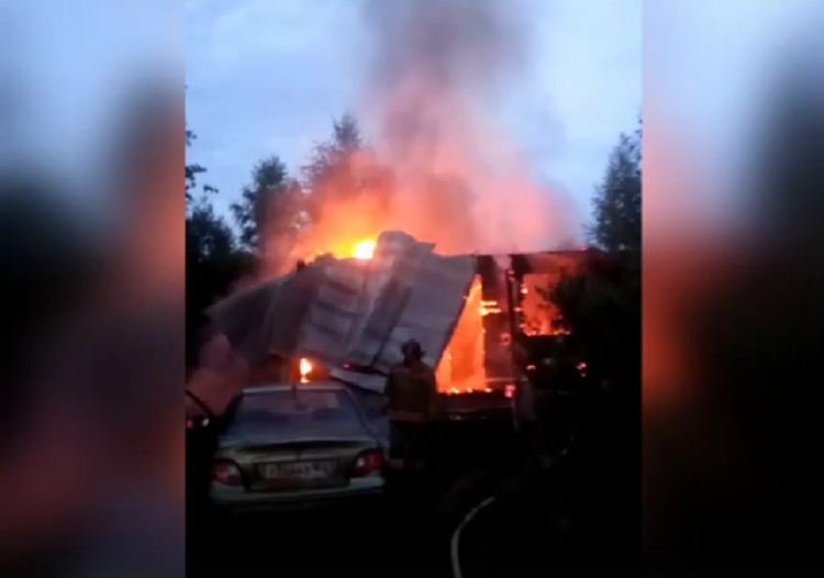 Под Уфой при пожаре погибла женщина-инвалид, еесупруг госпитализирован