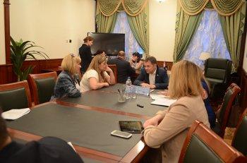 Депутат Фарит Ганиев провел встречу с пайщиками застройки в уфимском поселке Цветы Башкирии