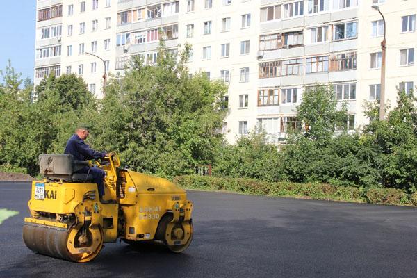 В Калининском районе Уфы возводят новую спортивную площадку