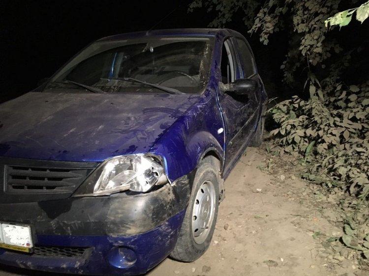 В Уфе опрокинулся Renault Logan: погиб 75-летний пенсионер