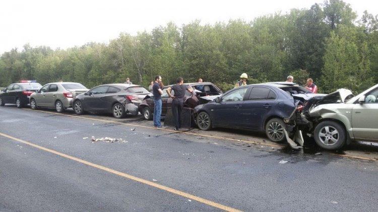В Уфимском районе Башкирии  произошло массовое ДТП с участием шести автомобилей