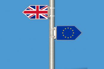Количество заявок на получение гражданства в посольствах Англии выросло в два раза