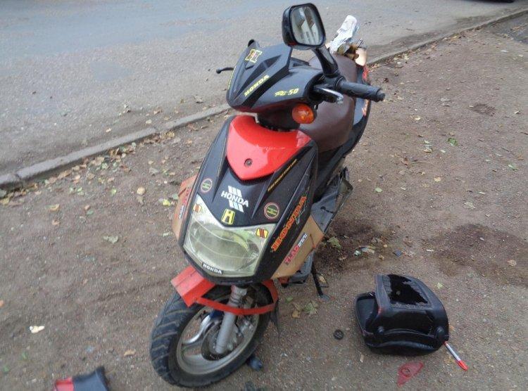 ДТП в Уфе: Daewoo Nexia не уступила дорогу скутеру