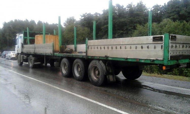 Груз, выпавший из грузовика, убил водителя легковушки в Башкирии