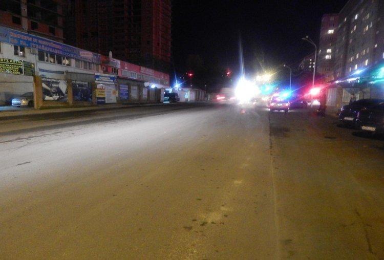 В Уфе Opel Corsa покалечил мужчину, переходившего дорогу в неположенном месте