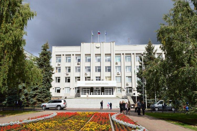 Оперативное совещание в мэрии Стерлитамака  началось с минуты молчания