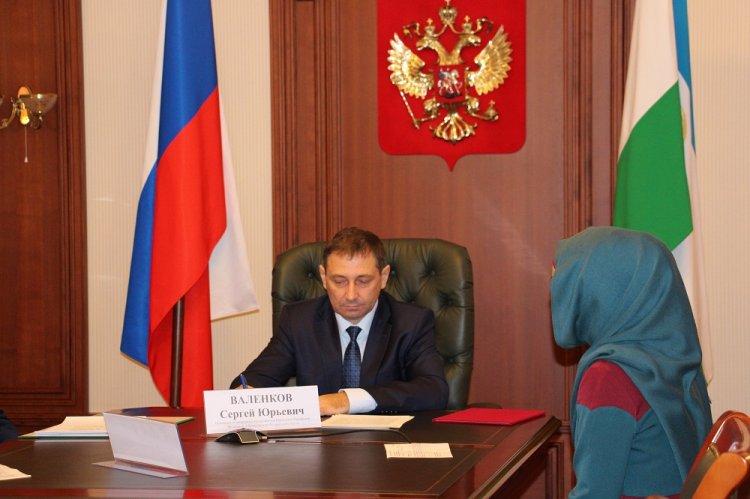 Помощник полномочного представителя Президента РФ в ПФО Сергей Валенков провел прием граждан в Уфе