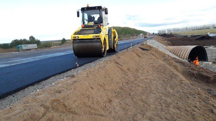 В Башкирии на 1418 км М-5 Урал производится перепуск движения автотранспорта