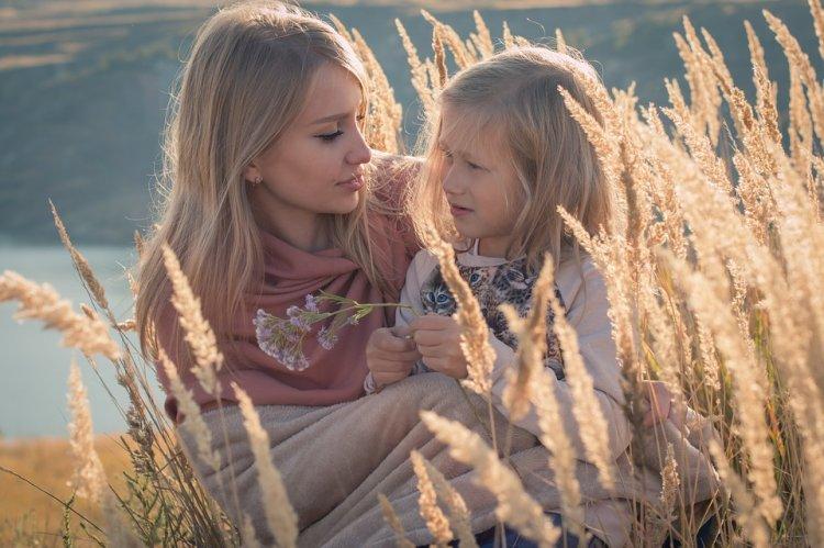 Ученые доказали, что женщины больше любят дочерей, а мужчины — сыновей