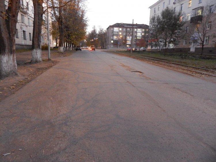 В Уфе водитель на Renault Canter сбил 11-летнюю девочку и скрылся