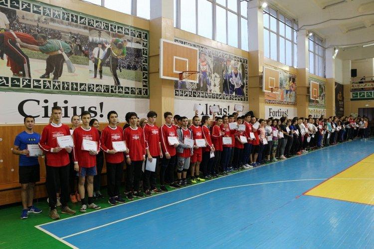 Студенты Стерлитамака  принимают участие в  Фестивале  «ГТО - одна страна, одна команда!»