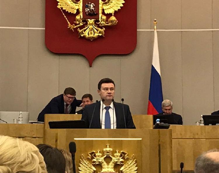 Депутат Алексей Изотов считает необходимым законодательно ограничить максимальные ставки по микрокредитам