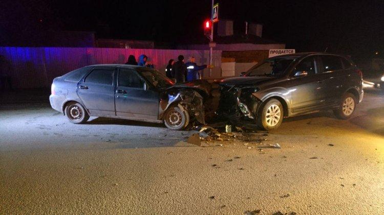В Уфе пьяный водитель Lada Priora протаранил встречный «Chery Tiggo»