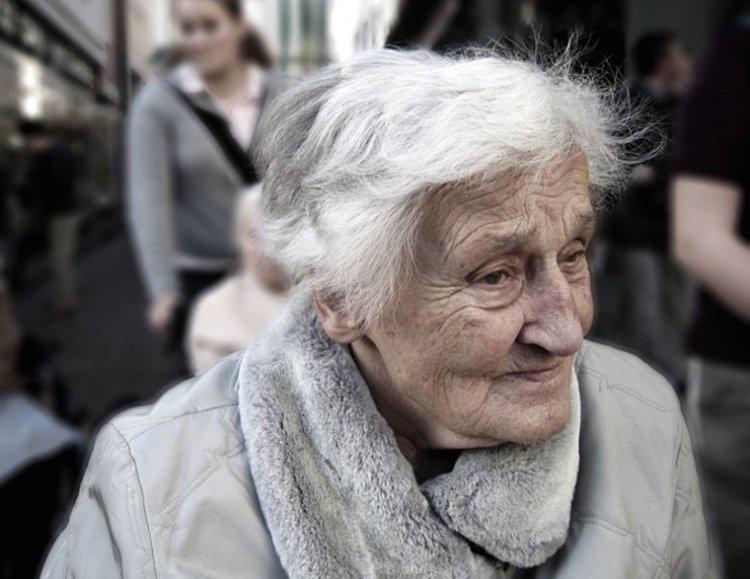 Российскую экономику поднимут за счет пенсионеров и женщин