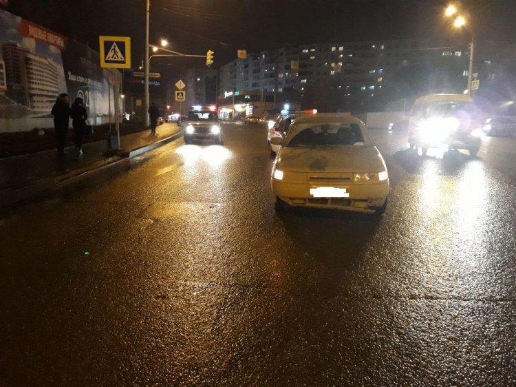 В Уфе на пешеходном переходе автоледи сбила 2-летнюю девочку и ее мать