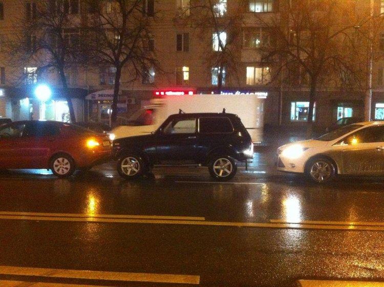«Паровозик» в Уфе: три автомобиля попали в ДТП