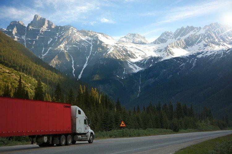 Технология отслеживания грузового автомобиля на маршруте и важность выполнения этих работ