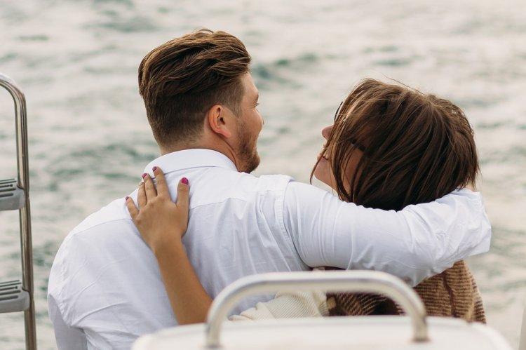 8 вещей, которые правильная и любящая женщина делает, а другие нет