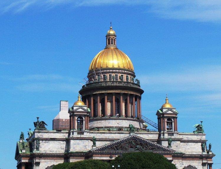 Петербург литературный: что посетить и где стоит побывать