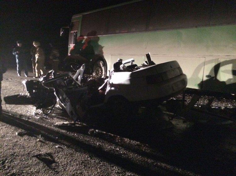 Жуткое ДТП в Башкирии: автобус лоб в лоб столкнулся с легковушкой