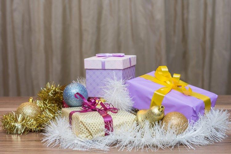 Маркетологи назвали самые популярные новогодние подарки у россиян