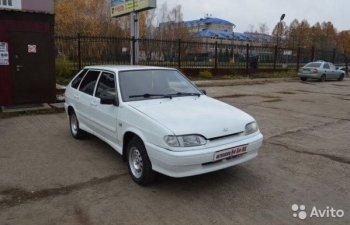 В Уфе неизвестные угнали  белый ВАЗ - 2114