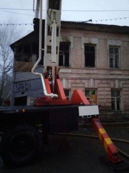 В Уфе произошел пожар в расселенном доме, есть погибший