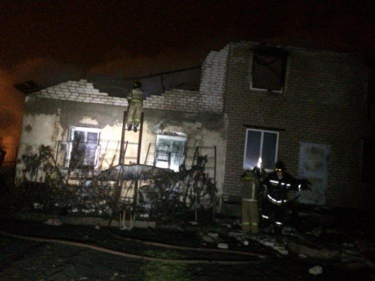 В Салавате произошёл пожар в жилом доме, есть пострадавшие