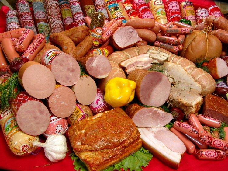 Роскачество проверило «Докторскую» колбасу на ДНК собак и кошек