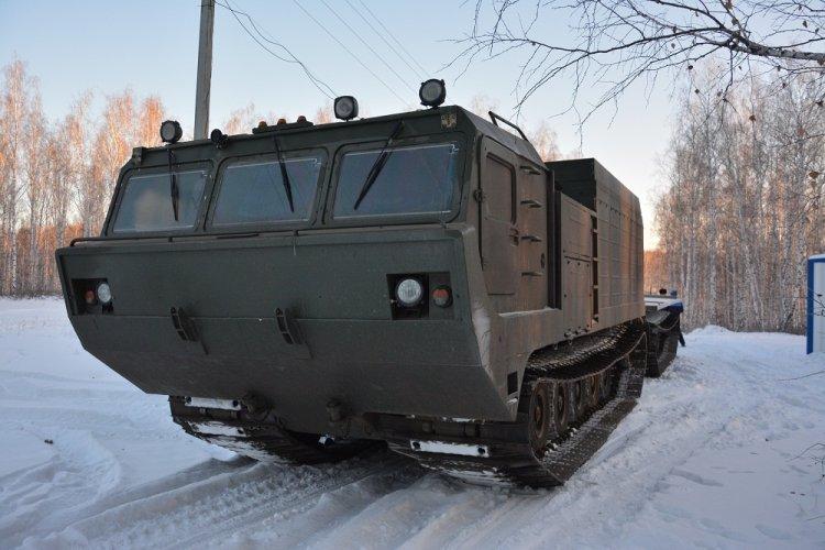 В Башкирии мощный «Витязь» ДТ-30 доставил на гору Ауштау оборудование для телебашни