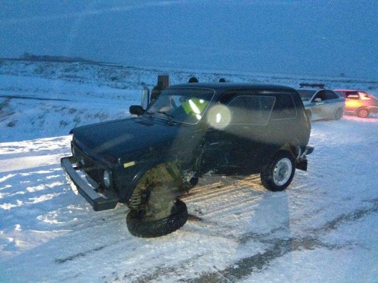 В Башкирии столкнулись «Нива» и Mitsubishi Outlander, есть пострадавшие