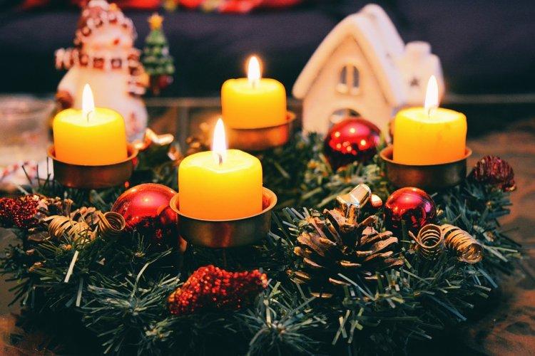 Православные верующие отмечают Рождественский сочельник 2018