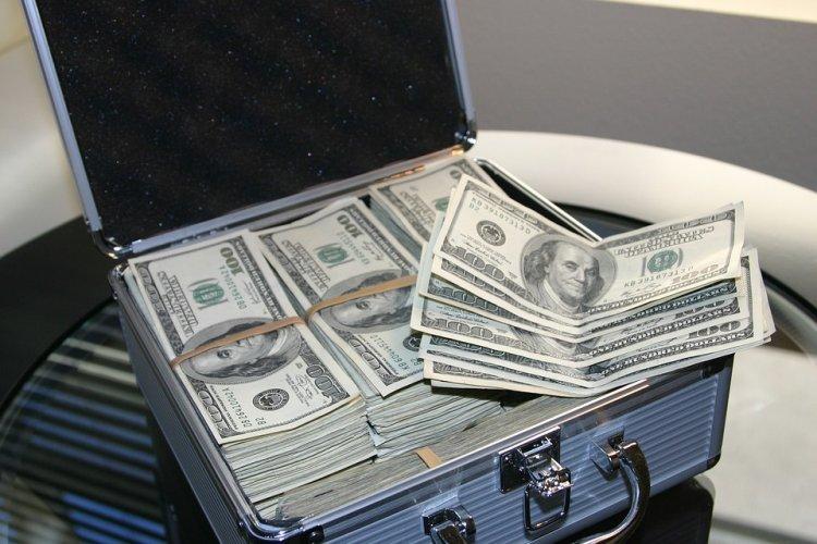 Каким знакам Зодиака суждено разбогатеть в 2018 году