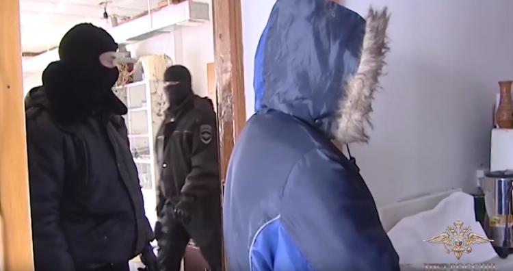 На заводе в Башкирии нашли «палёный» алкоголь на 5 млн рублей