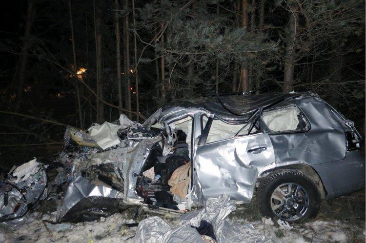 В Башкирии в страшном ДТП погиб водитель Toyota Land Cruiser