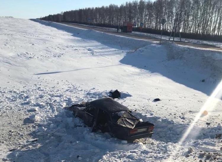 В Башкирии в ДТП погибла мать с двумя сыновьями - подробности жуткой аварии