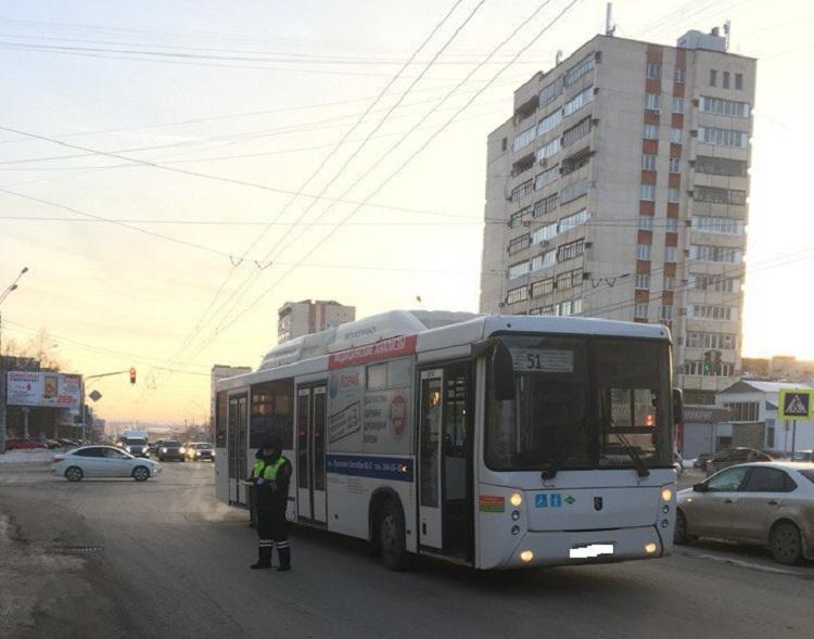 В Уфе водитель автобуса «НеФАЗ» сбил 13-летнюю школьницу