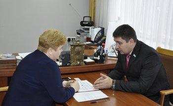 Единороссы Башкирии поддержали создание профильных педклассов в школах