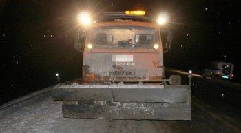 На трассе в Башкирии снегоуборочный «КамАЗ» насмерть сбил женщину