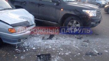 В Уфе пьяный водитель без прав на LADA врезался в Toyota Land Cruiser