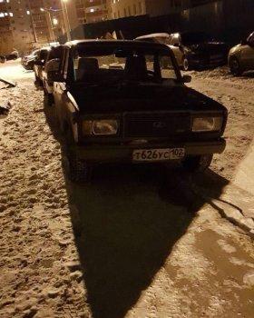 В Уфе неизвестные угнали автомобиль с наклейкой «Навальный-2018»
