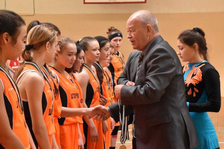 В Башкирии завершился чемпионат Школьной баскетбольной лиги «Оранжевый мяч»