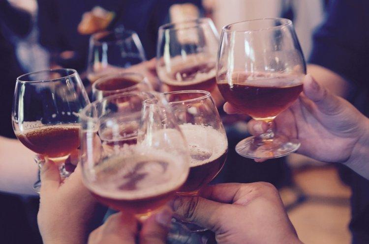 Алкоголь провоцирует семь видов рака