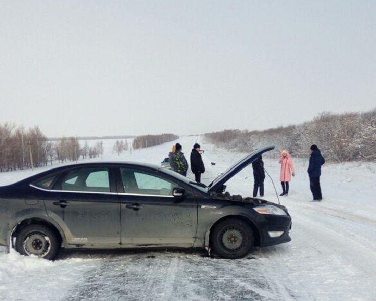 ДТП в Башкирии: столкнулись Ford Mondeo и Daewoo Nexia