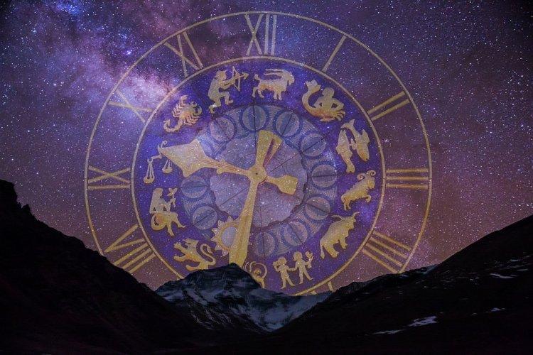 1 слово, которое точно описывает, каким будет для вас 2018 год, на основании вашего знака Зодиака