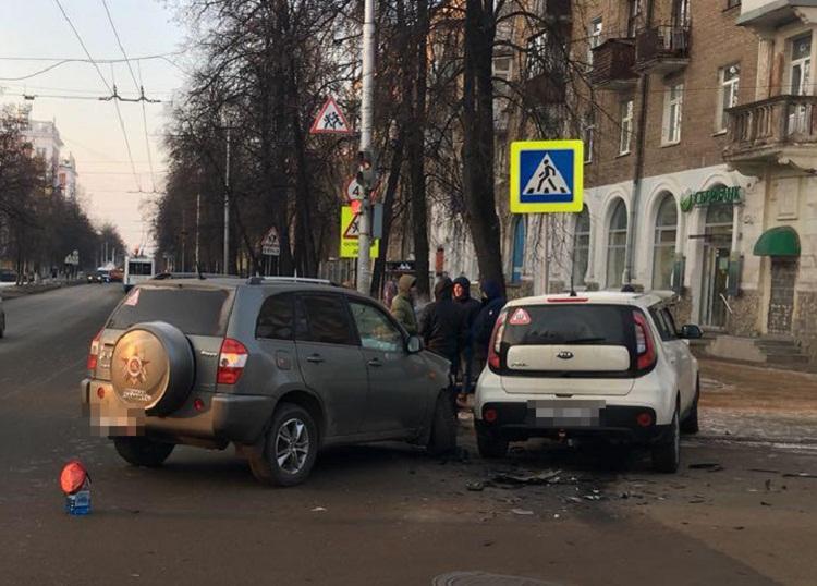 ДТП в Уфе: водитель Chery Tiggo не уступил дорогу встречной Kia Soul